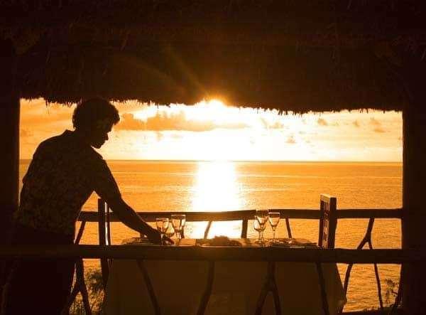 Wadigi Dinner Sunset Halo